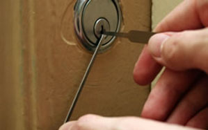 Door locks Sevenoaks